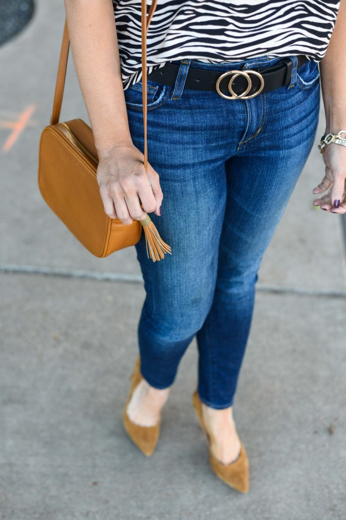 casual outfit | gold buckle black belt | tan crossbody bag | Petite Fashion Blog Lady in Violet