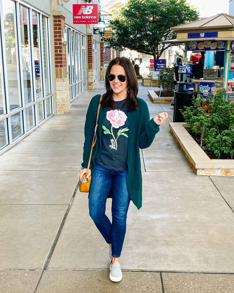 casual outfit | rose graphic tee with green long cardigan | Casual Fashion Blog Lady in Violet