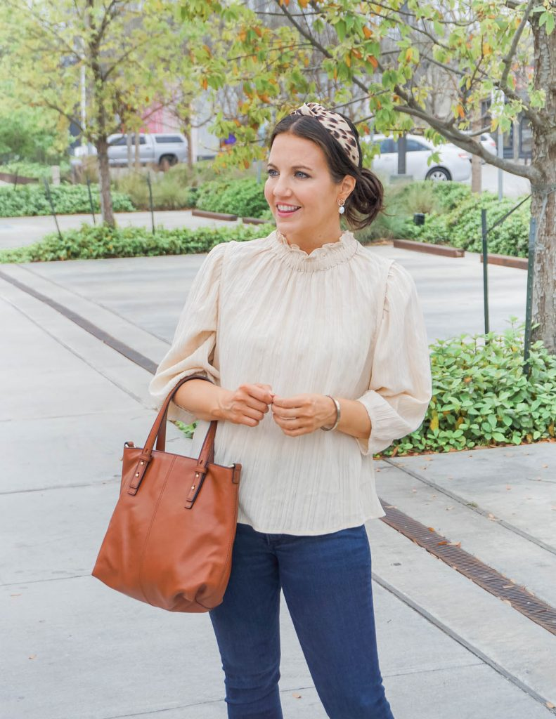 casual outfit | ivory flowy top | leopard print headband | Houston Fashion Blog Lady in Violet