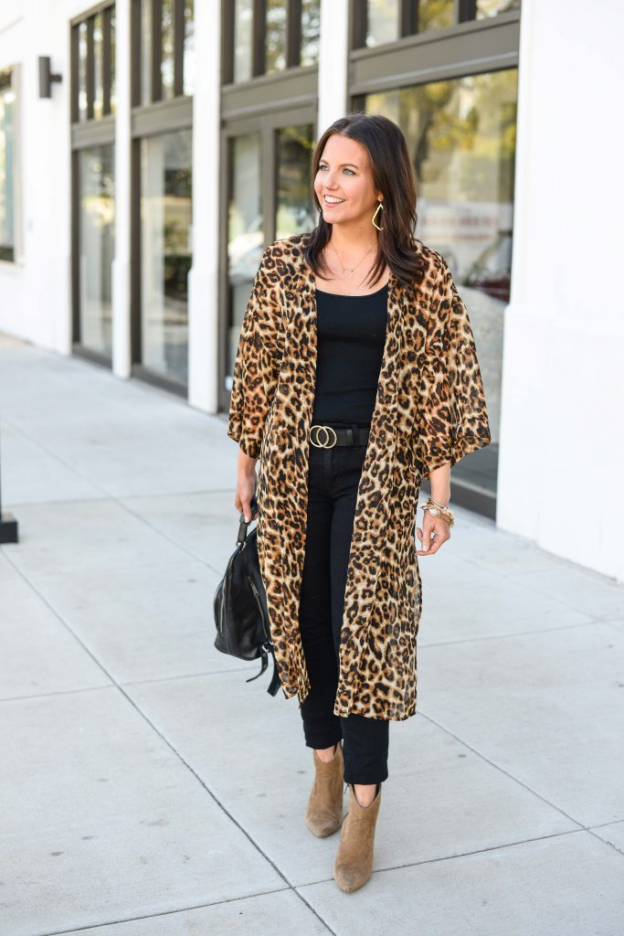 casual fall outfit | long leopard kimono | black double o ring belt | Texas Fashion Blog Lady in Violet