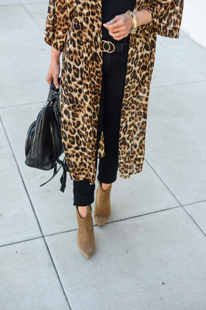 chic fall outfit with leopard print kimono and brown booties | Petite Fashion Blogger Lady in Violet