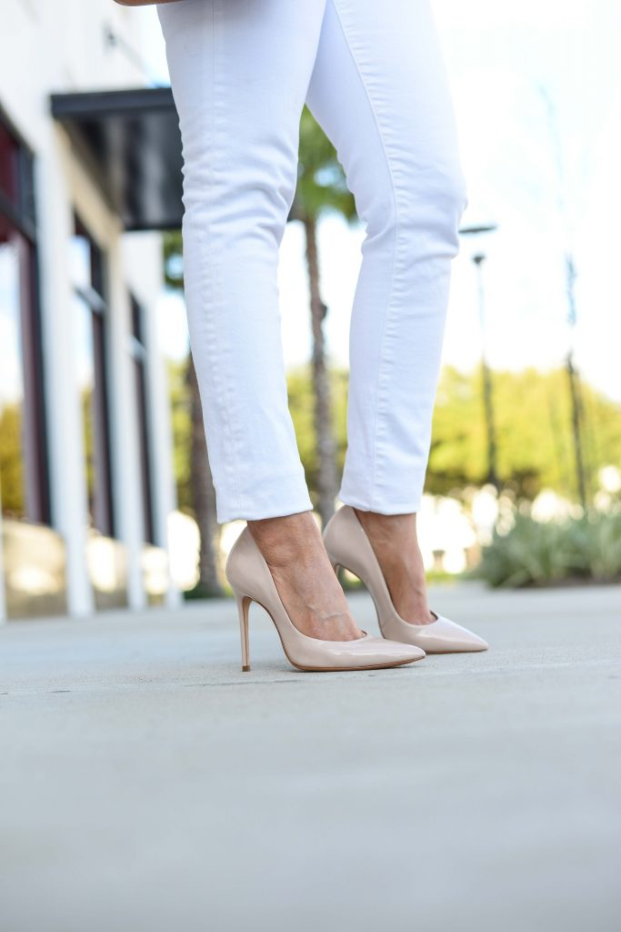 summer outfit | nude colored patent heels with white skinny jeans | Petite Fashion Blog Lady in Violet