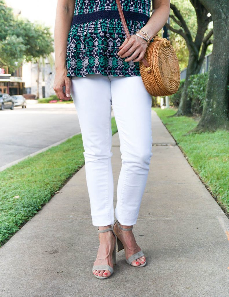 dressy casual outfit   white skinny jeans with suede block heel sandals   Affordable Style Blog Lady in Violet