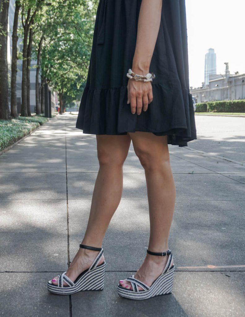 Summer outfit | black espadrille wedge sandals | bracelet stack | Everyday Style Blog Lady in Violet
