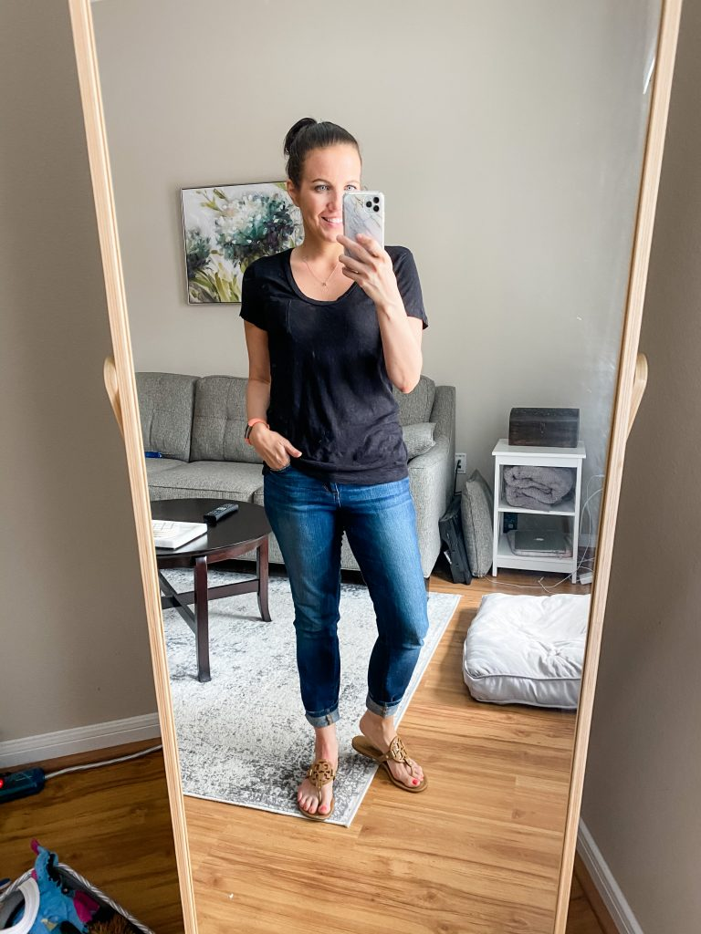 comfy outfit | black pocket short sleeve tee with blue skinny jeans | Affordable Fashion Blog Lady in Violet