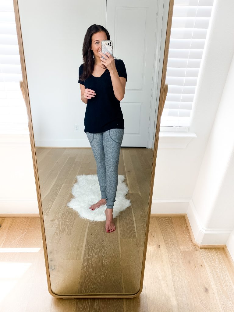 comfy loungewear for fall | black short sleeve tee | soft gray leggings with pockets | Houston Fashion Blog Lady in Violet