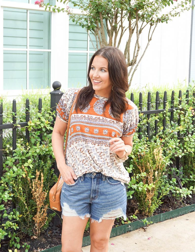 summer outfits | free people tunic tee | distressed denim shorts | Petite Fashion Blogger Lady in Violet