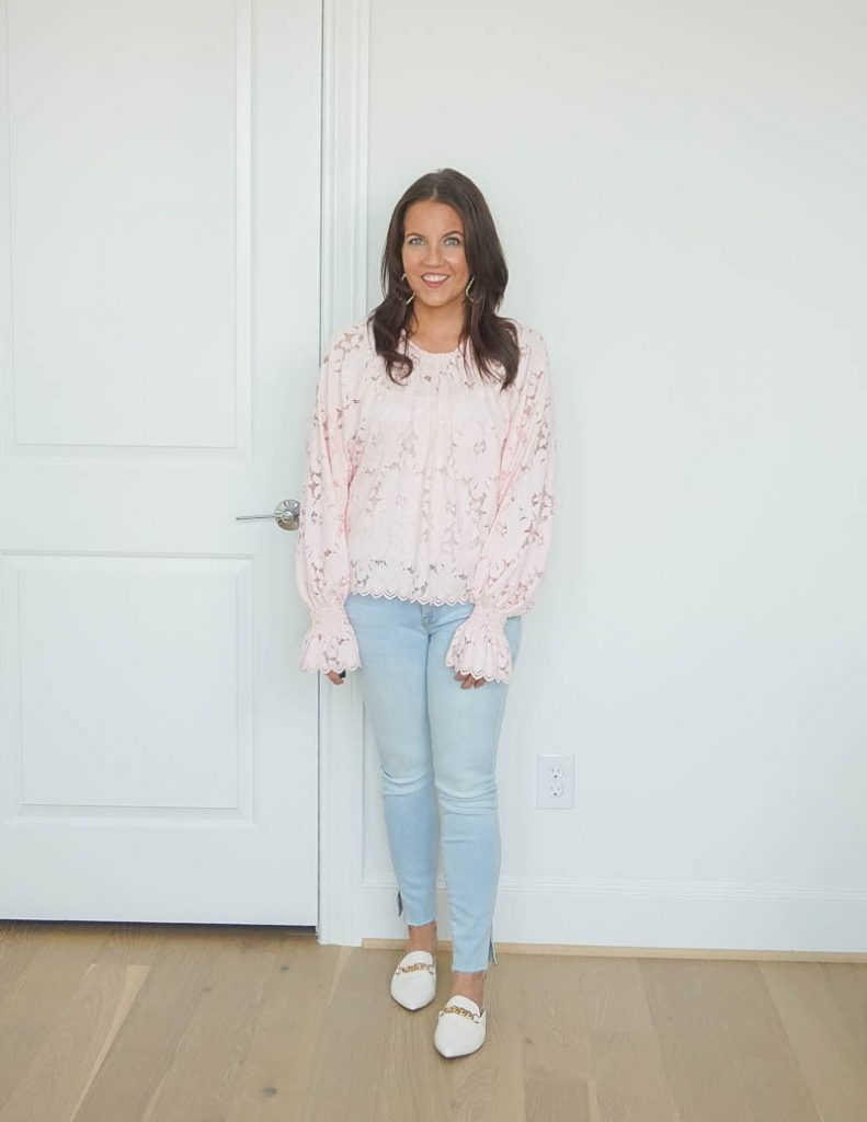 casual outfit | light pink lace blouse | light blue skinny jeans | white slides | Texas Fashion Blog Lady in Violet