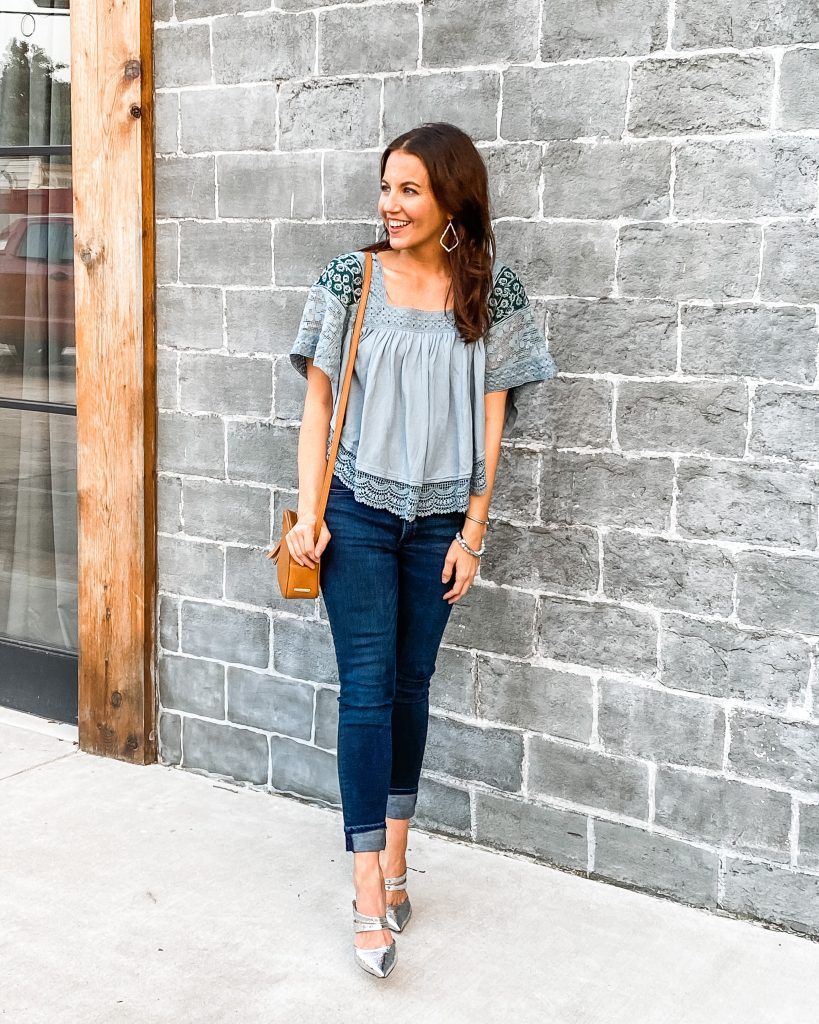 fall outfit | light blue crop top | dark jeans | silver heels | Houston Fashion Blog Lady in Violet