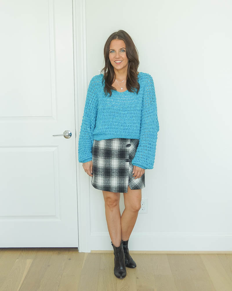 work outfit | blue chunky knit sweater | plaid skirt | black booties | Texas Fashion Blogger Lady in Violet