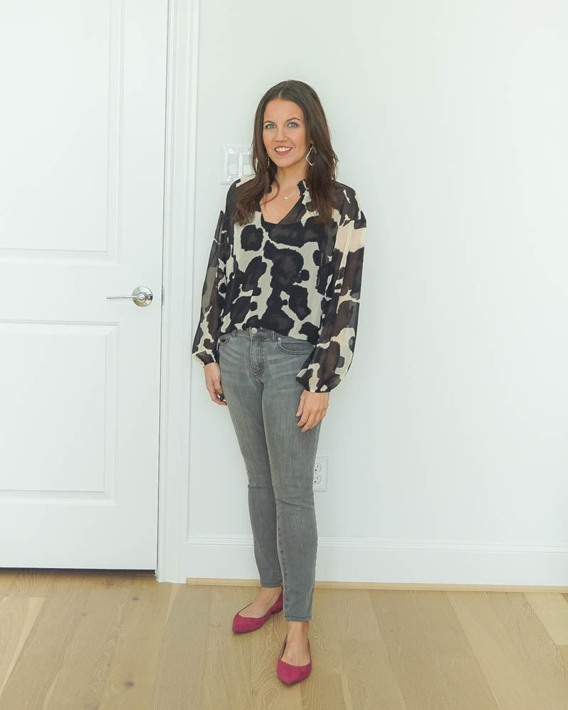 casual outfit | gray skinny jeans | dark pink flats | Petite Fashion Blog Lady in Violet