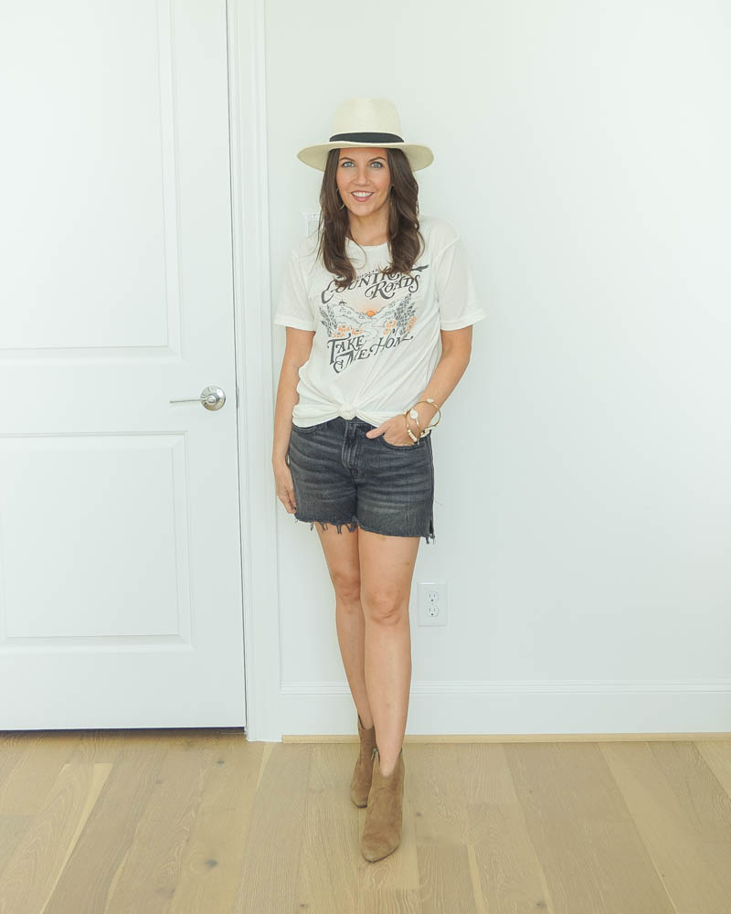 warm fall outfit | graphic tshirt | black jean shorts | Southern Style Blog Lady in Violet