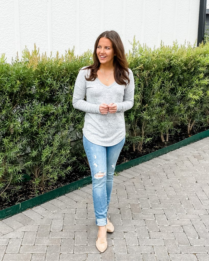 casual outfit | long sleeve gray tee | ripped blue jeans | houston fashion blogger karen kocich