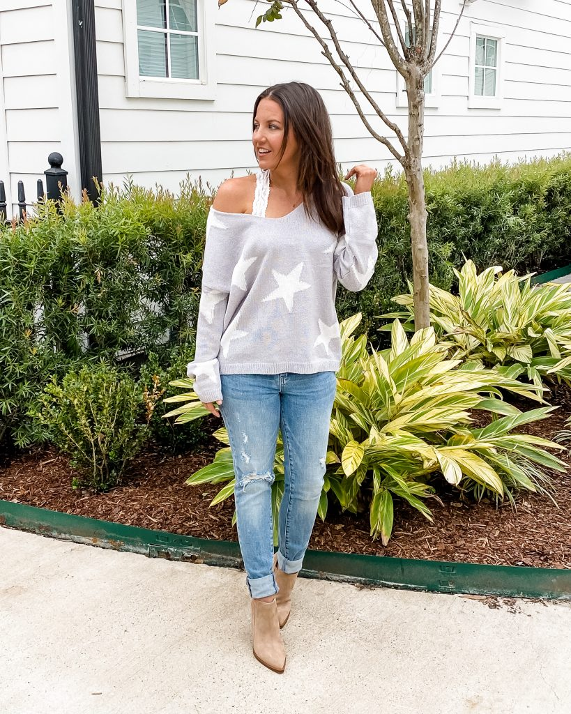 winter outfit | gray star print sweater distressed jeans | Houston Fashion Blog Lady in Violet