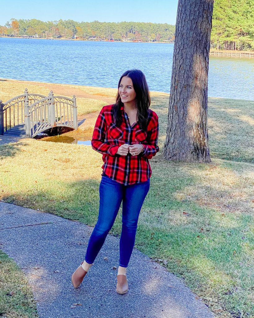 casual outfits | red plaid top | brown mules | Texas Fashion Blogger Lady in Violet