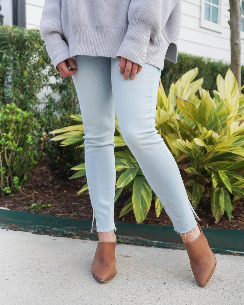 spring outfit | light wash frayed hem jeans for petite women | brown mules | Petite Fashion Blog Lady in Violet