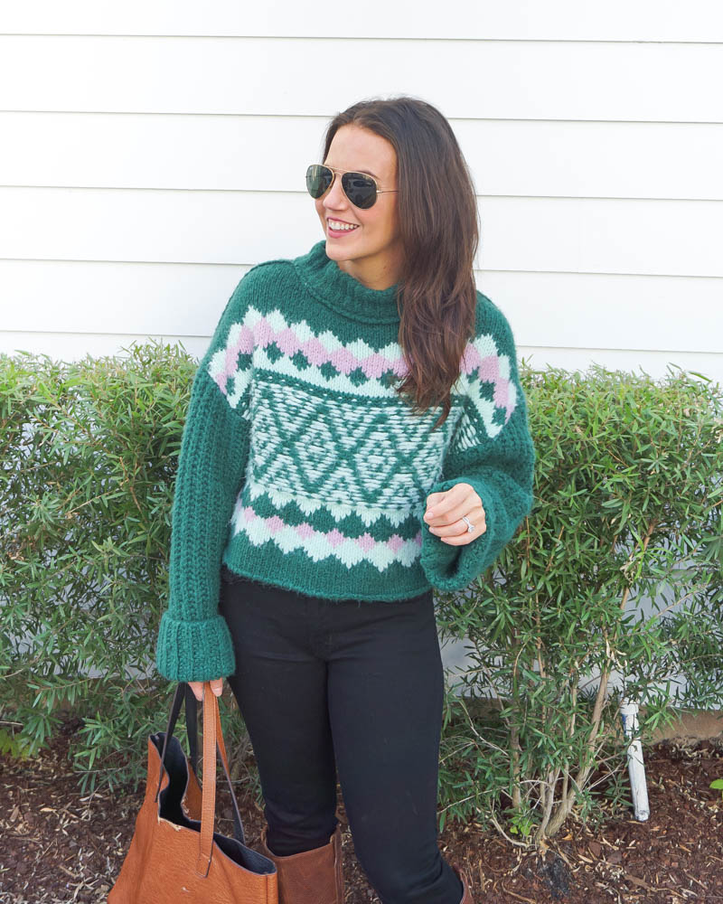 winter outfits | green argyle sweater | black skinny jeans | petite fashion blogger Lady in Violet