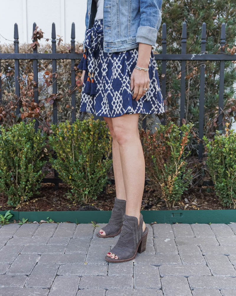 casual spring outfits | brown peep toe booties | blue mini skirt | American Fashion Blog Lady in Violet