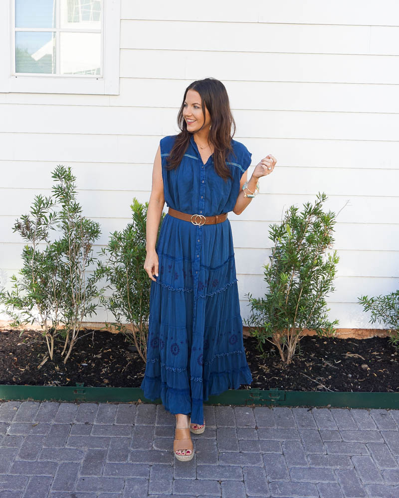 summer outfit | blue maxi dress | brown belt | Petite fashion blog lady in violet