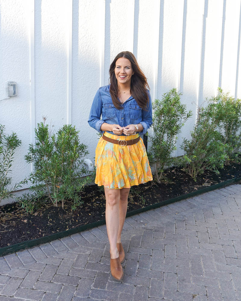 summer outfit | blue denim top | yellow skirt | Petite fashion blogger lady in violet