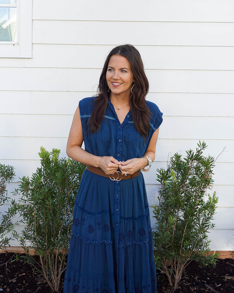 spring outfits | sleeveless blue dress | gold bracelets | Texas fashion blogger lady in violet
