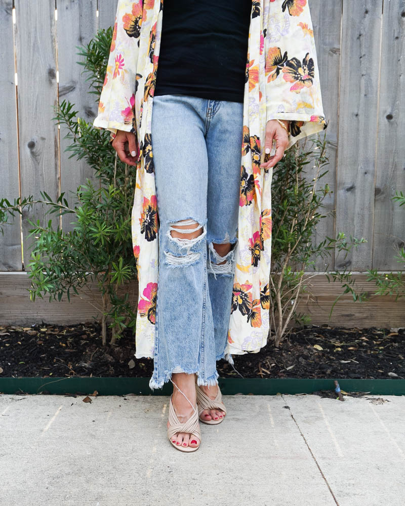 spring outfit   cropped frayed jeans for petite women   light colored mule sandals   Southern Fashion Blog Lady in Violet