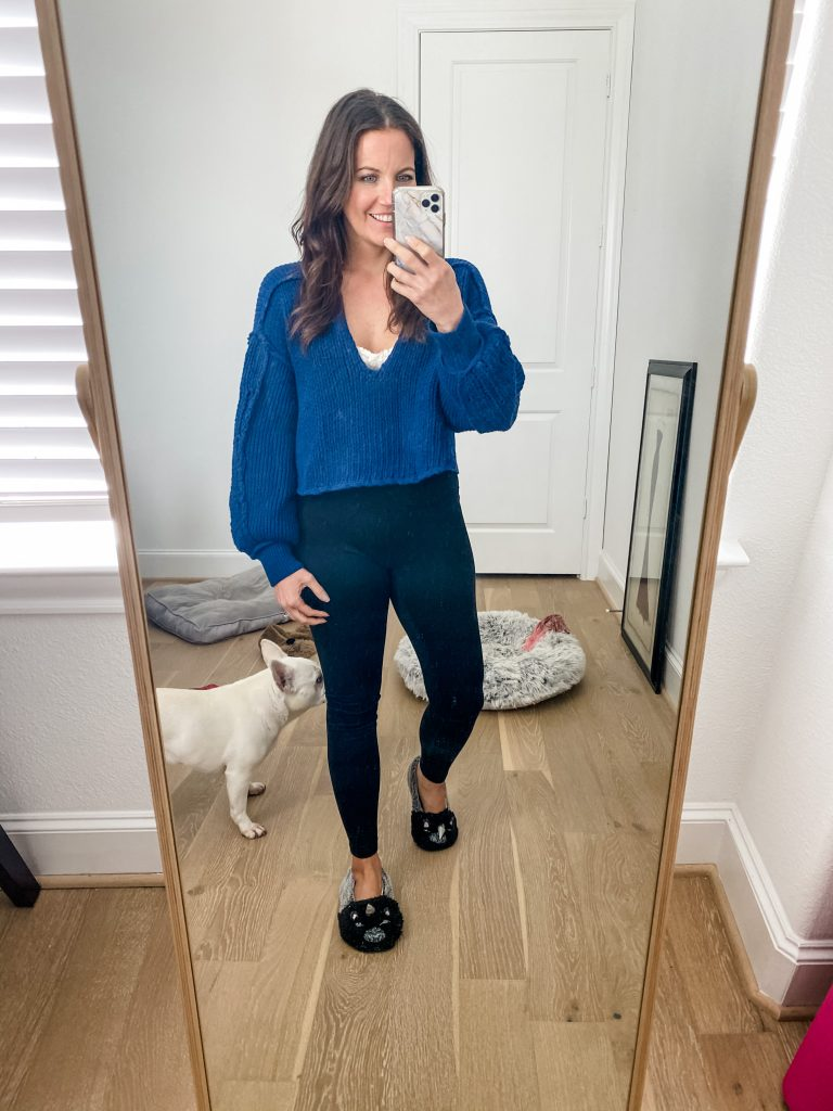 at home loungewear | blue cropped sweater | black leggings | Casual outfit blog Lady in Violet