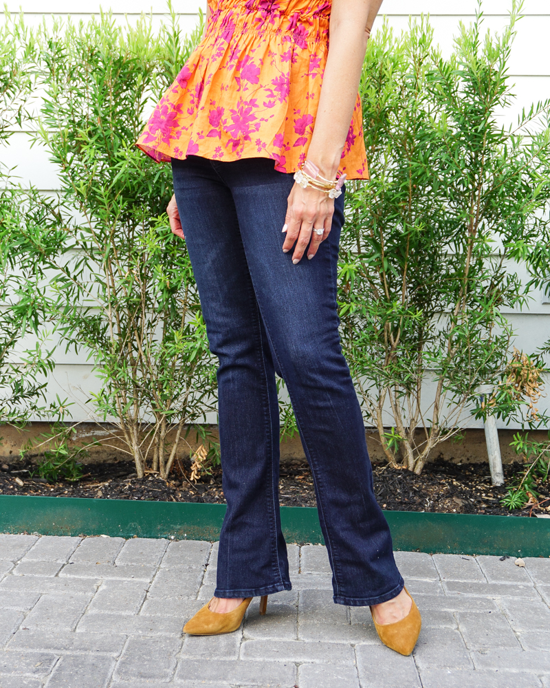 fall transitional outfit   blue flared jeans   brown heels   Petite Fashion Blog Lady in Violet